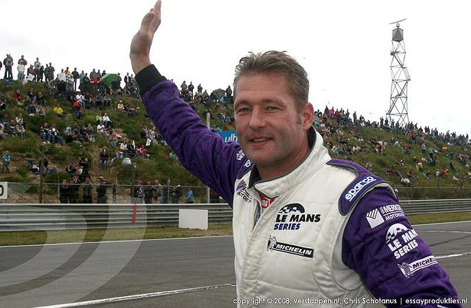 """Експилотът от F1 Йоз Верстапен зад волана на камион на """"Дакар""""?"""