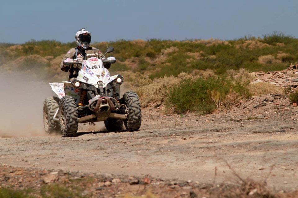 """Петър Ценков е с технически проблем в трасето на етап 8 от рали """"Дакар"""""""