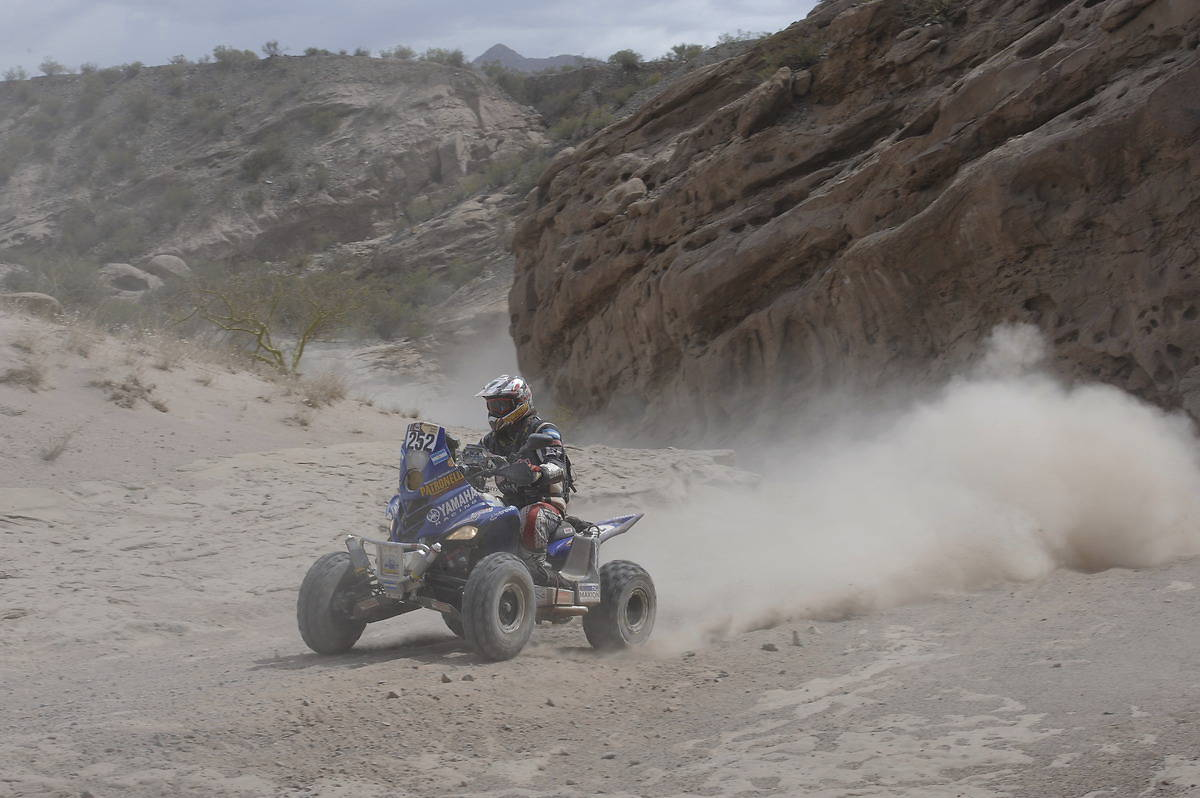 """Рали """"Дакар"""" 2012: репортаж от етап 5"""