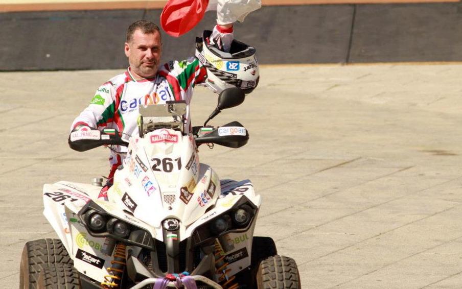 """Рали """"Дакар"""" 2012, репортаж за етап 2: Вачков 9-и, Ценков 11-и"""