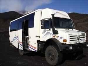 С Unimog 5000 на връх Етна