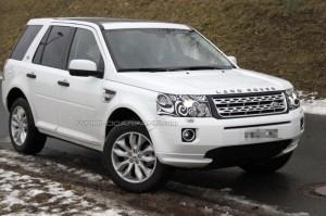 Spyshots: фейслифт на Land Rover Freelander наесен