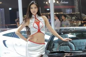 Момичетата от автосалона в Пекин (галерия)