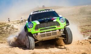X-Raid ще участва с три автомобила в състезания на два континента