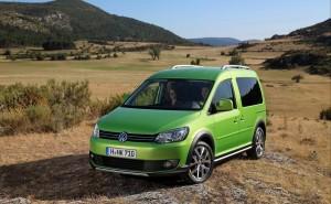 Баничарка за приключенци: Volkswagen Cross Caddy (галерия)