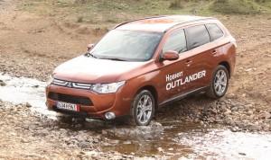 Третото поколение Mitsubishi Outlander е в България (галерия)