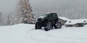 Новият Fiat Panda като Monster Truck (видео)