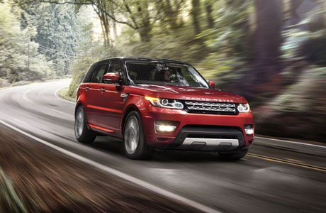 Джеймс Бонд представи новия Range Rover Sport (видео)