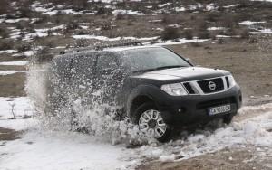 Лукс в пресечен терен: тест Nissan Pathfinder Ultimate V6