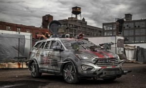Hyundai Santa Fe Zombie Survival Machine ще бори зомбита