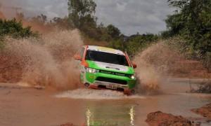 Тестваха Mitsubishi Outlander PHEV в тежко рали-рейд състезание