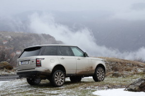 test_drive_range_rover_2013_offroadbg (1)