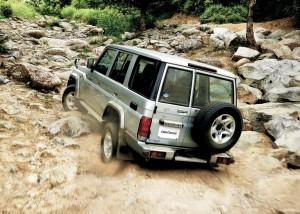toyota_land_cruiser_70_restart (25)