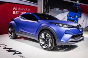 Toyota C-HR загатва за нов кросоувър и нова дизайн линия