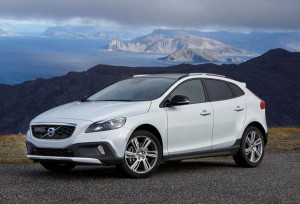 Volvo V40 Cross Country с нов Т5 агрегат и 4х4