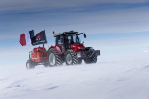 Massey_Ferguson_antarctica2_south_pole