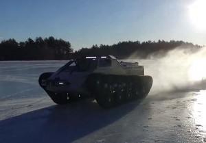 Ripsaw EV2: супер танк, който дрифти на лед (видео)