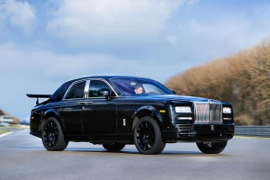 Започнаха тестовете на Rolls-Royce SUV