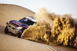 Nasser_Al-Attiyah_Martin Tomczyk_swap_bmw_m4_dtm_mini_all4_racing_1
