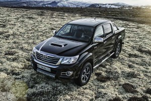 toyota_hilux_invincible_x