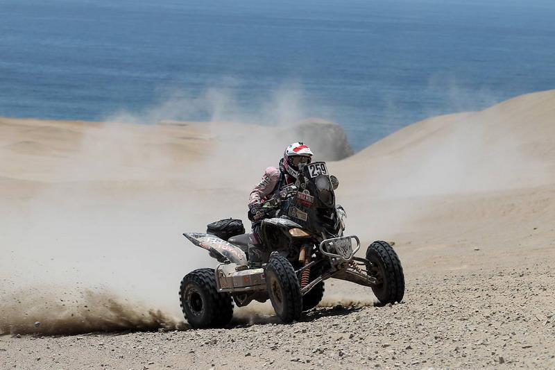 """Петър Ценков стартира етап 13 на """"Дакар"""", Кома загуби лидерството при мотоциклетите"""