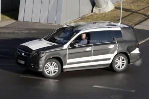 Spyshots: сгащиха новия Mercedes-Benz GL