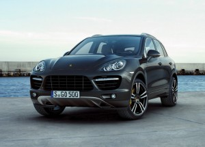 Привикват над 20 000 Porsche Cayenne в сервизите заради дефект
