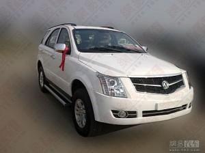 Китайският производител Dongfeng направи клонинг на Cadillac SRX
