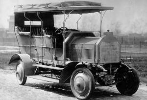 Mercedes празнува 105 години 4×4 задвижване