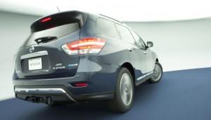 Nissan Pathfinder Hybrid на салона в Ню Йорк
