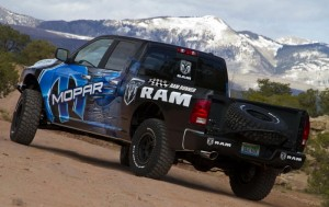Chevrolet и Ram ще борят Ford F-150 SVT Raptor