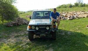 """Моето оф-роуд возило 2"": Радослав и Toyota Land Cruiser LJ70"