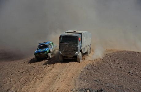 Първа серия уникални снимки от етап 11 на рали Дакар 2014