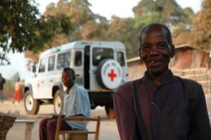 60 години заедно: Land Rover и Червения кръст