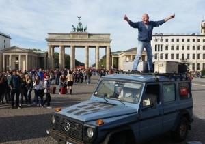 26 години, 215 държави и 890 000 км с  Mercedes G-Class