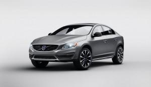 Volvo S60 Cross Country: седан с повишена проходимост!