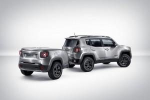 Jeep Renegade Hard Steel с ремарке за офроуд и интернет