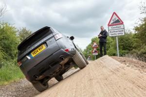 Range Rover Sport с оф-роуд дистанционно управление!